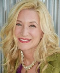 Don't Waste a Good Mistake – a vibrant conversation with Robin Fisher Roffer, branding expert and author of Your No Fear Career