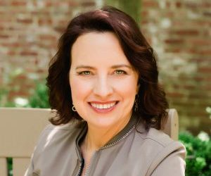 Start Designing a New Future for Customers and Teams – a conversation with Lisa Nirell, author of The Mindful Marketer: How to Stay Present and Profitable in a Data Driven World