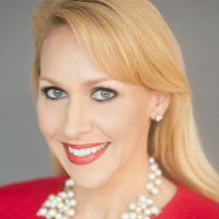 Is Your LinkedIn Profile Glam or Spam? A LinkedIn expert, Christy Hoskins shares ideas for a great profile and effective engagement
